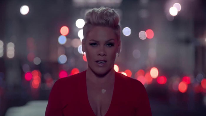P!nk (Pink) - Walk Me Home